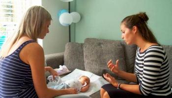 Waar kan ik terecht met vragen na de geboorte van mijn kind?